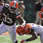 Cleveland Browns running back Trent Richardson in action against the Cincinnati Bengals in an NFL football game, Sunday, Sept. 16, 2012, in Cincinnati. (AP Photo/Tom Uhlman)
