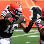 Cleveland Browns wide receiver Josh Cribbs returns a kick during an NFL football game against the Cincinnati Bengals, Sunday, Sept. 16, 2012, in Cincinnati. (AP Photo/David Kohl)
