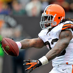 Cleveland Browns running back Trent Richardson extends the ball over the goal line on a 6-yard touchdown run against the Buffalo Bills in the second quarter of an NFL football game Sunday, S &#8230;