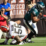 Philadelphia Eagles tight end Clay Harbor (82) catches a four-yard touchdown pass in front of Cleveland Browns linebacker Kaluka Maiava (56) during the fourth quarter of an NFL football game …