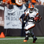 Cleveland Browns running back Brandon Jackson runs after a catch in the fourth quarter of an NFL football game against the Philadelphia Eagles Sunday, Sept. 9, 2012, in Cleveland. (AP Photo/ …
