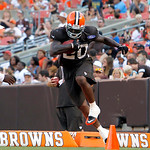 Cleveland Browns running back Montario Hardesty goes through drills during NFL football training camp in Cleveland on Wednesday Aug. 8, 2012. (AP Photo/Ron Schwane)