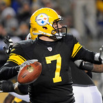 Pittsburgh Steelers quarterback Ben Roethlisberger (7) looks to pass in the first quarter of the NFL football game against the Cleveland Browns on Thursday, Dec. 8, 2011, in Pittsburgh. (AP  …