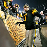 Pittsburgh Steelers quarterback Ben Roethlisberger heads to the locker room after a 14-3 win over the  Cleveland Browns in an NFL football game in Pittsburgh, Thursday, Dec. 8, 2011. (AP Pho …