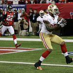 San Francisco 49ers' Vernon Davis catches a four-yard touchdown pass during the first half of the NFL football NFC Championship game against the Atlanta Falcons Sunday, Jan. 20, 2013, in Atl …