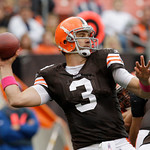 Cleveland Browns quarterback Derek Anderson passes during the second quarter of an NFL football game against the Cincinnati Bengals Sunday, Oct. 4, 2009, in Cleveland. Anderson, starting in …