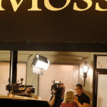 Sandi Laubenthal listens to Robert Irvine. Photo by Tom Mahl