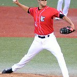 Lake Erie Crusher's Zach Gordon pitches against the Windy City ThunderBolts. KRISTIN BAUER | CHRONICLE