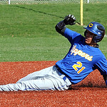 Clearview's Antonio Pagan steals second base.  STEVE MANHEIM/CHRONICLE