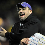Avon head coach Mike Elder on the sidelines in the fourth quarter. DAVID RICHARD / CHRONICLE