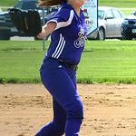 Keystone's Lauren Shaw pitches. STEVE MANHEIM/CHRONICLE