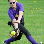 Avon right fielder Olivia Kula fields a ground ball hit. KRISTIN BAUER | CHRONICLE