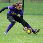 VermilioN's Sydney Virgin fields a ground ball in center field on Saturday.  KRISTIN BAUER | CHRONICLE