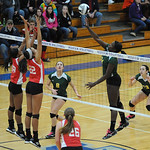 102413_ELYVOLLEYBALL_KB04