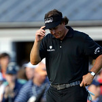 Phil Mickelson reacts after a shot on the 18th hole during the fourth round of the U.S. Open golf tournament at Merion Golf Club, Sunday, June 16, 2013, in Ardmore, Pa. (AP Photo/Julio Corte …