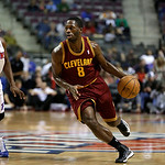 Cleveland Cavaliers guard Jeremy Pargo (8) drives against the Detroit Pistons in the first half of a NBA basketball game in Auburn Hills, Monday, Dec. 3, 2012. (AP Photo/Paul Sancya)