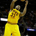 Cleveland Cavaliers' Alonzo Gee rebounds against the Los Angeles Lakers in an NBA basketball game Tuesday, Dec. 11, 2012, in Cleveland. (AP Photo/Mark Duncan)