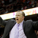 Chicago Bulls coach Tom Thibodeau gestures during the fourth quarter of an NBA basketball game Wednesday, Dec. 8, 2010, in Cleveland. The Bulls defeated the Cleveland Cavaliers 88-83. (AP Ph …