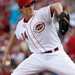 Cincinnati Reds starting pitcher Homer Bailey throws against the San Francisco Giants in the first inning of a baseball game, Tuesday, July 2, 2013, in Cincinnati. (AP Photo/Al Behrman)