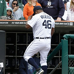 Detroit Tigers relief pitcher Jose Valverde walks back into the dugout during the ninth inning of a baseball game against the Cleveland Indians in Detroit, Sunday, May 12, 2013. (AP Photo/Ca …