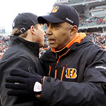 Cleveland Browns head coach Eric Mangini, left, congratulates Cincinnati Bengals head coach Marvin Lewis after the Bengals defeated the Browns 19-17 in an NFL football game, Sunday, Dec. 19, …