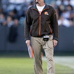Cleveland Browns head coach Pat Shurmur watches during the second half of an NFL football game against the Oakland Raiders in Oakland, Calif., Sunday, Dec. 2, 2012. (AP Photo/Marcio Jose San …