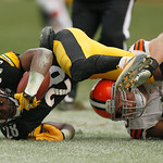 Pittsburgh Steelers cornerback Cortez Allen (28) is hit out of bounds by Cleveland Browns center Alex Mack (55) after recovering a fumble in the fourth quarter of an NFL football game in Pit …