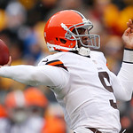 Cleveland Browns quarterback Thad Lewis (9) throws a pass during the first quarter of an NFL football game against the Pittsburgh Steelers in Pittsburgh, Sunday, Dec. 30, 2012. The Steelers  …