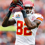 Kansas City Chiefs wide receiver Dwayne Bowe makes a catch for a first down in the first quarter of an NFL football game against the Cleveland Browns in Cleveland, Sunday, Dec. 9, 2012. (AP  …