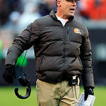 Cleveland Browns head coach Pat Shurmur yells from the sidelines in the third quarter of an NFL football game against the Kansas City Chiefs, Sunday, Dec. 9, 2012, in Cleveland. (AP Photo/To …