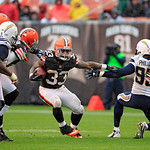 Cleveland Browns running back Trent Richardson (33) runs against the San Diego Chargers in the third quarter of an NFL football game Sunday, Oct. 28, 2012, in Cleveland. (AP Photo/Tony Dejak …