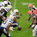 San Diego Chargers center Nick Hardwick, center, his line in the second quarter of an NFL football game against the Cleveland Browns Sunday, Oct. 28, 2012, in Cleveland. (AP Photo/Tony Dejak …