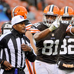 Cleveland Browns tight end Alex Smith (81) gestures to referee Jerome Boger in the fourth quarter of an NFL football game against the San Diego Chargers Sunday, Oct. 28, 2012, in Cleveland.  …