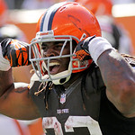 Cleveland Browns running back Trent Richardson flexes after scoring on a pass reception in the second half of an NFL football game against the Cincinnati Bengals, Sunday, Sept. 16, 2012, in  …