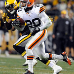 Cleveland Browns free safety Mike Adams (20) carries the ball after intercepting a pass from Pittsburgh Steelers quarterback Ben Roethlisberger, not pictured, during the fourth quarter of an …